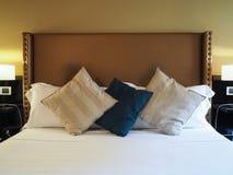 elegantt sovrum royaltyfria bilder