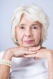 Eleganz und Art sogar im älteren Alter stockbilder