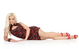 Eleganz und Schönheit der hübschen Frau lizenzfreie stockfotografie