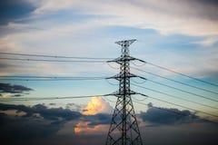 Elektriciteitspolen Stock Afbeeldingen