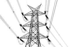Elektriciteitspyloon op wit wordt geïsoleerd dat Stock Foto