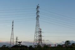 Elektriciteitstransmissie Royalty-vrije Stock Foto's