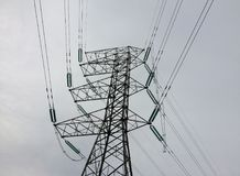 Elektricitetsbegreppsslut upp hög spänningskraftledningstation Royaltyfria Bilder