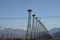 elektricitetslantgården mal wind Royaltyfri Bild