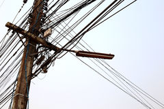 Elektricitetsstolpe Arkivbild