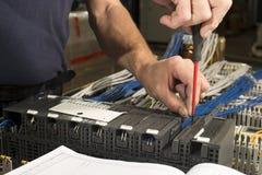 Elektriker bei der Arbeit Lizenzfreies Stockfoto