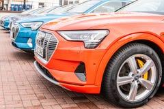 Elektrisch Audi e-Tron 55 quattro SUV met hoogspanningsbatterij en elektrische die motormotor door Audi AG wordt geproduceerd royalty-vrije stock afbeeldingen