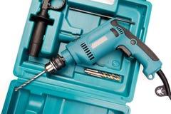 Elektrisch bohren Sie innen einen Werkzeugkasten lizenzfreies stockfoto