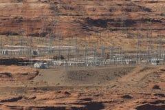 Elektrisch hulpkantoor van Glen Canyon Dam bij Pagina, Arizona Stock Foto