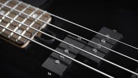 Elektrisch Zwart Bass Guitar stock footage