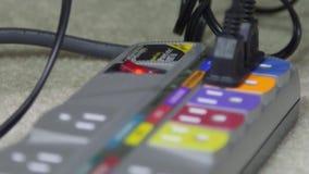 Elektrische afzet en machtskabels stock video