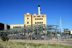 Elektrische Anlage auf einem blauen Himmel Lizenzfreies Stockbild