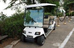 Elektrische auto voor vervoer van passagiers Stock Foto