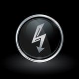 Elektrische Bolzenpfeilikone innerhalb des runden Silbers und des schwarzen Emblems Lizenzfreie Stockfotos