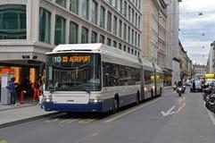 Elektrische bus in Genève royalty-vrije stock afbeelding