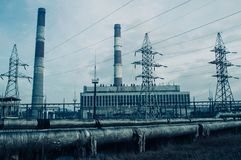 Elektrische centrale en verwarmingssysteem royalty-vrije stock fotografie