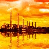 Elektrische centrale - luchtvervuiling Stock Afbeelding