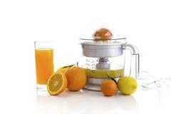 Elektrische citrusvrucht juicer stock afbeeldingen