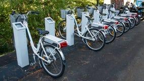Elektrische Fahrräder stockfotos