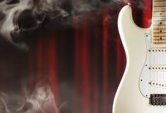 Elektrische gitaar op het stadium Stock Fotografie