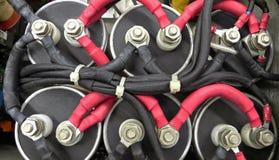 Elektrische Hochspannungsanschlüsse Stockfotos
