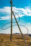 Elektrische kabel op het gebied stock afbeeldingen