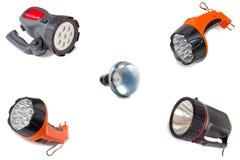 Elektrische lichten en een elektrische gloeilamp op witte achtergrond Stock Afbeeldingen