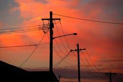 Elektrische lijnsilhouetten Stock Foto's
