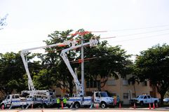 Elektrische lijnwachters Stock Fotografie
