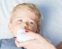 Elektrische neusaspirator voor baby Royalty-vrije Stock Afbeeldingen