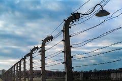 Elektrische omheining in Auschwitz ii-Birkenau Royalty-vrije Stock Foto's