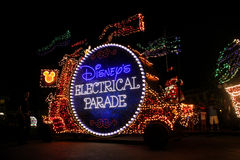 Elektrische Parade Disneys, Orlando, FL Stockbilder