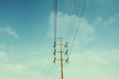 Elektrische Pool met bewolkte hemel Royalty-vrije Stock Fotografie