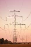 Elektrische powerlines Royalty-vrije Stock Afbeeldingen