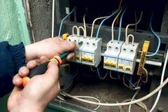 Elektrische reparaties Stock Foto's