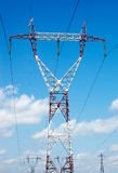 Elektrische Starkstromleitungen Stockfotos