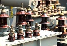 elektrische Transformatoren vor Beseitigung im Firma-specializ stockbilder