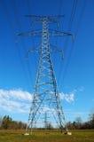 Elektrischer Übertragungs-Kontrollturm lizenzfreie stockfotos