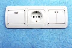 Elektrischer Schalter und Bolzen Stockbild