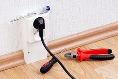 Elektrischer Sockel und Werkzeuge Lizenzfreie Stockbilder