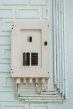 Elektrisches Gremium, Sicherungskasten und Macht leitet Linie Stockbild