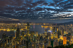 Elektrisches Stadt scape - Hong Kong an der Dämmerung Stockbilder