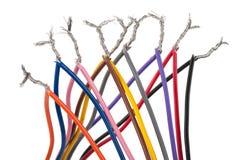 Elektrisk anslutning med färgrika kablar Arkivbild