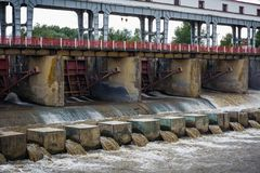 Elektrisk elektricitetskraftverk för Hydro - FÖRDÄMNING Arkivfoton