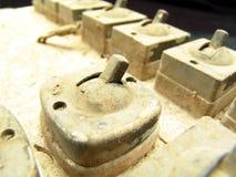 elektrisk gammal strömbrytaretappning Royaltyfri Foto