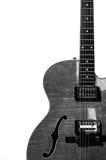 Elektrisk gitarr för ihålig huvuddel i svartvitt Fotografering för Bildbyråer