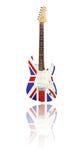 Elektrisk gitarr med reflexionen, Union Jack, vit bakgrund Royaltyfri Foto