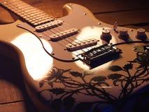 elektrisk gitarrwhite Arkivfoto