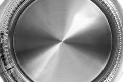 Elektrisk Glass kokkärl på vit bakgrund Exponeringsglas- och rostfritt ståltekokkärl Hushållsmaskiner Hushållanordning Royaltyfri Fotografi