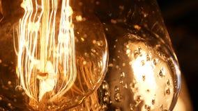 Elektrisk lampa för tappning - retro ljus kula arkivfilmer